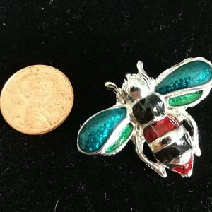 ☘️VINTAGE☘️ Enameled Insect Pin